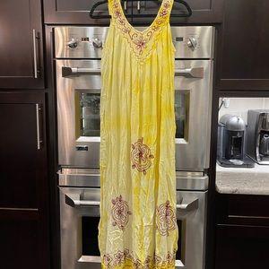 Women's yellow maxi dress